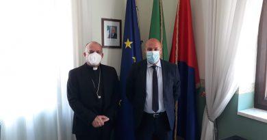 Crotone – Incontro con il vescovo Angelo Raffaele Panzetta