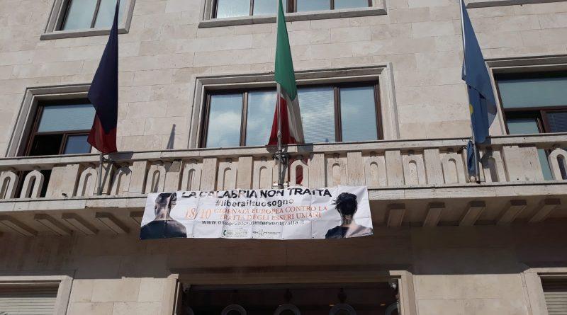 Crotone aderisce alla XV Giornata Europea contro la tratta di essere umani.
